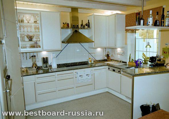 Фото маленькая кухня: монтаж потолка